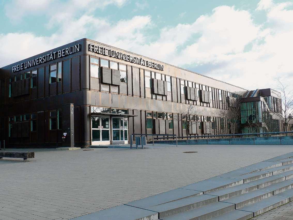 offener h rsaal startet wieder berliner abendblatt freie universit t offener h rsaal. Black Bedroom Furniture Sets. Home Design Ideas