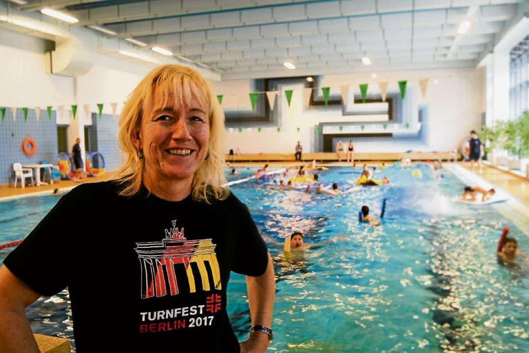 Schwimmen mit Karin Halsch