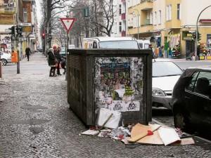Nicht nur die Donaustraße wird  regelmäßig als Müllabladeplatz missbraucht.