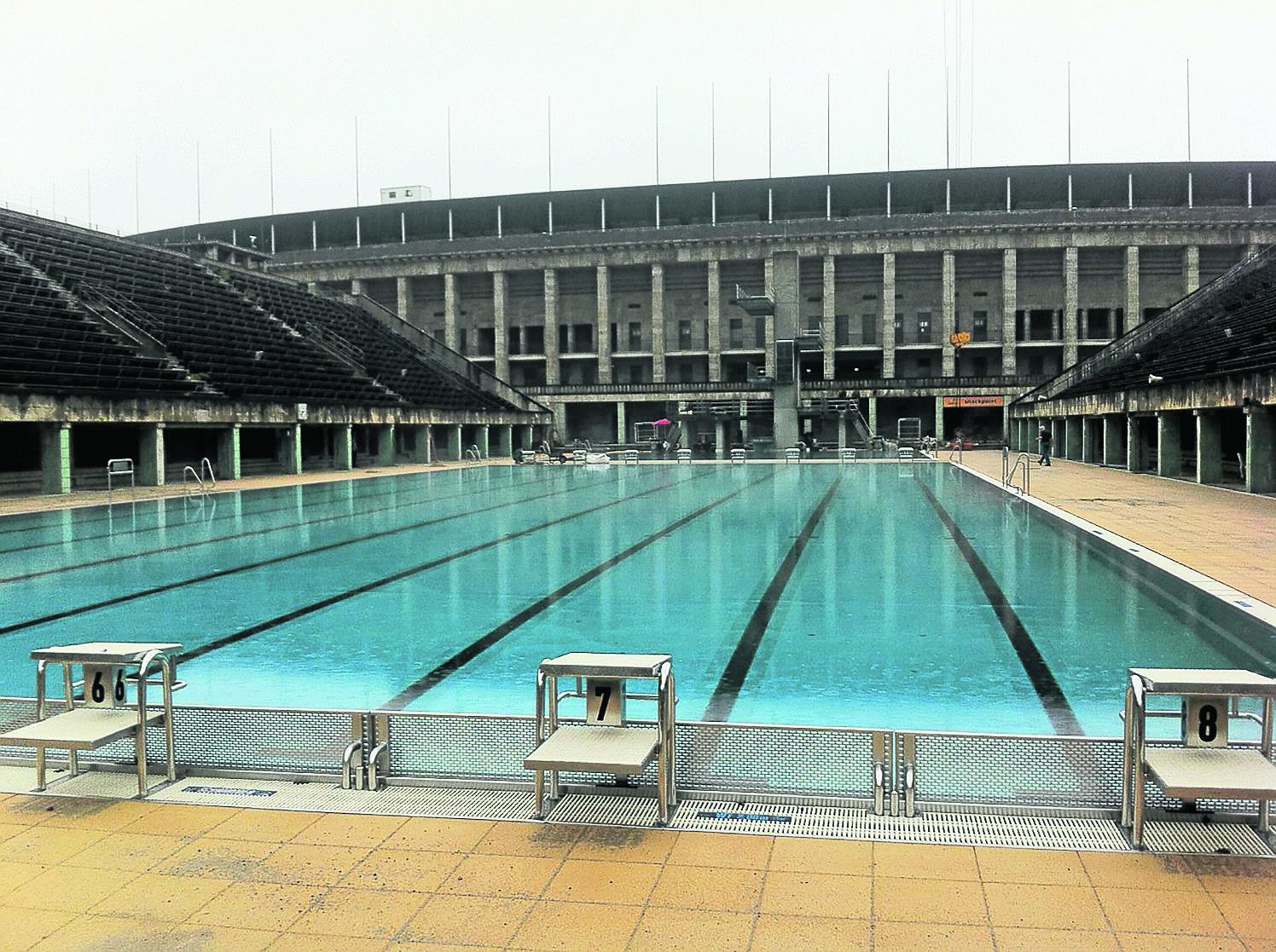 Becken im Olympiabad saniert