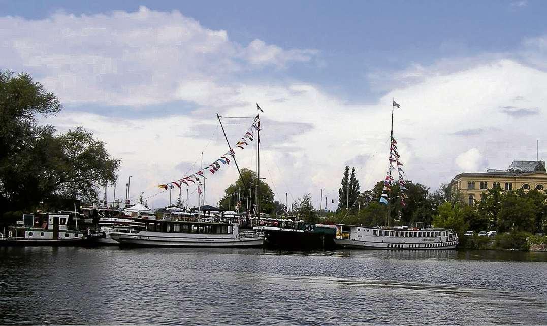 Feste Feiern am Hafen