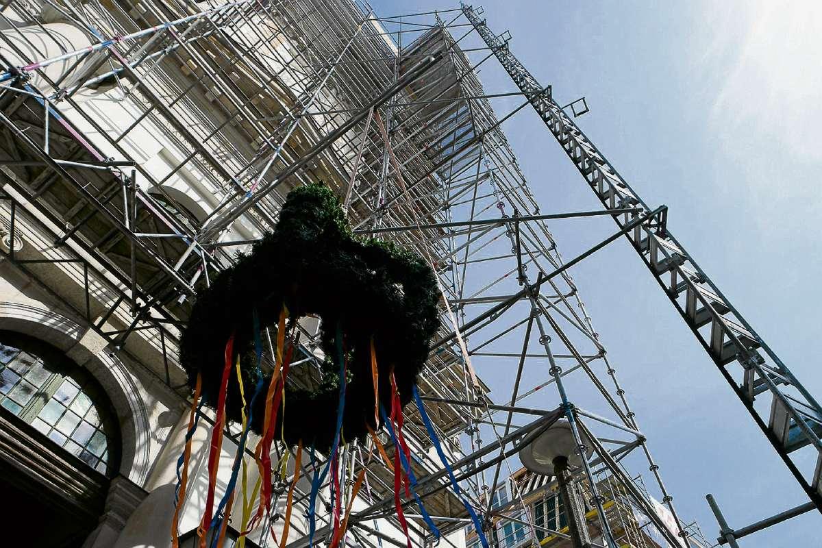 Turm mit neuer Spitze