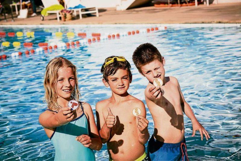 Schwimmen für guten Zweck