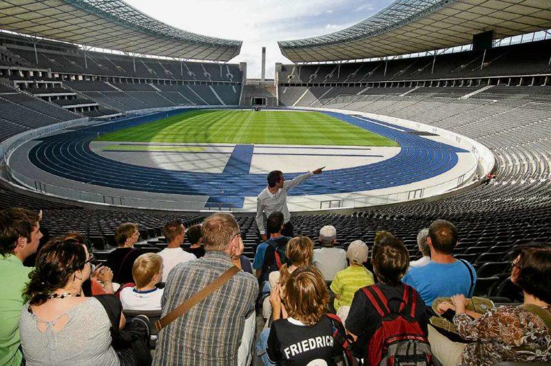 Feiern im Olympiastadion