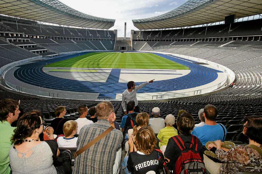 feiern im olympiastadion berliner abendblatt. Black Bedroom Furniture Sets. Home Design Ideas