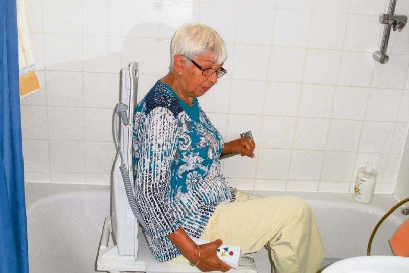 Wenn der Badewannenlift kneift