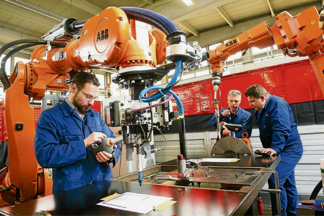 Vom Kraftfahrer zum Robotertechniker