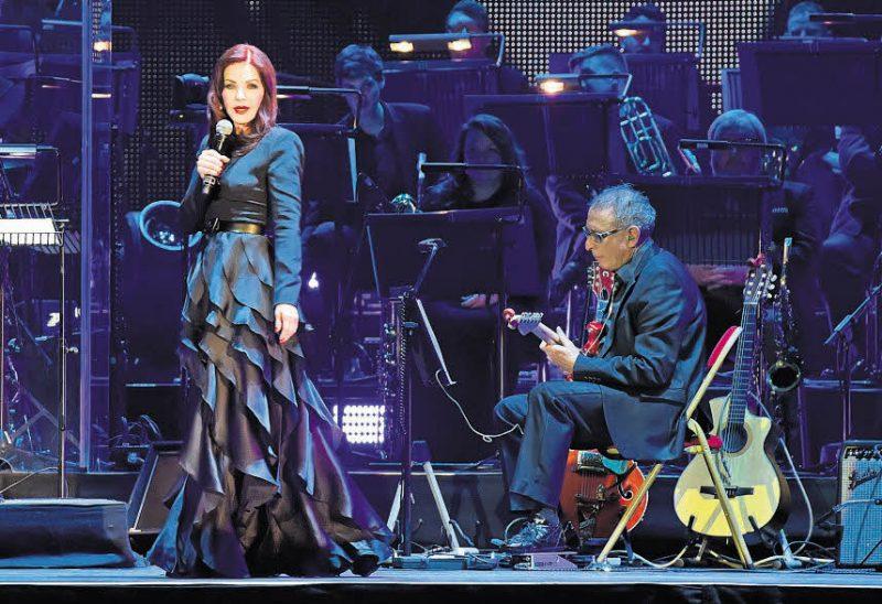 Der King kommt mit großem Orchester