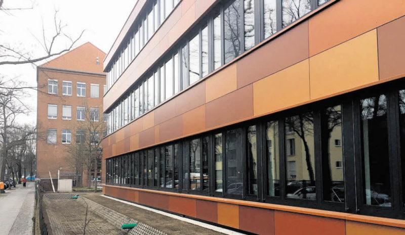 24 Klassenräume für  fünf Millionen Euro