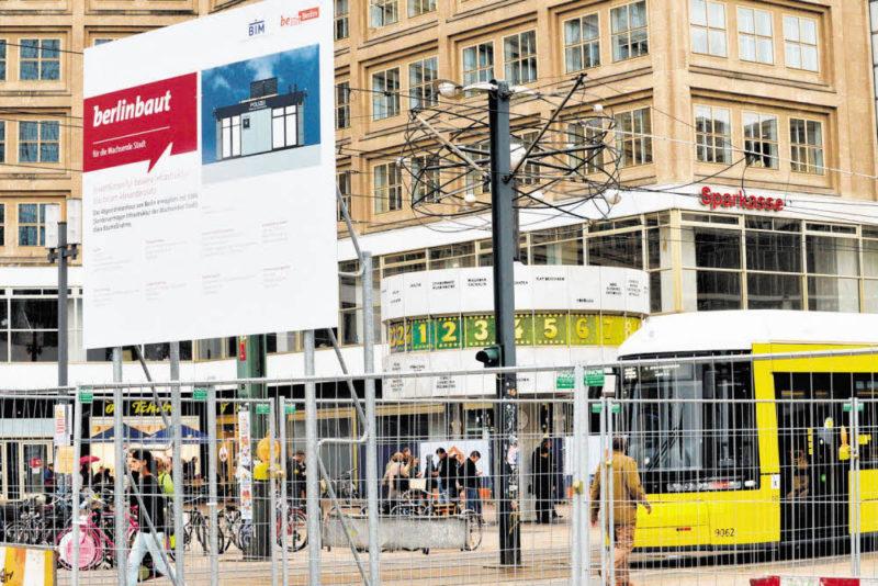 Den Alexanderplatz doppelt im Blick