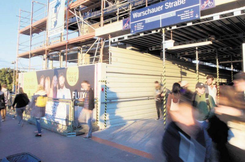 Licht und Schatten am Bahnhof