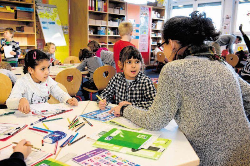 Mehr Geld für Lehrer an Brennpunktschulen
