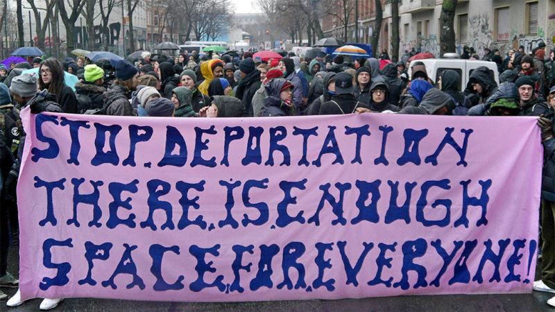Gerhart-Hauptmann-Schule geräumt – friedlicher Protest