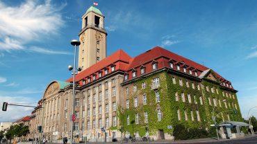 Millionen für das Rathaus Spandau