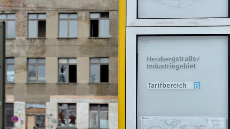 Herzbergstraße – Kunst und Shopping im Industriegebiet