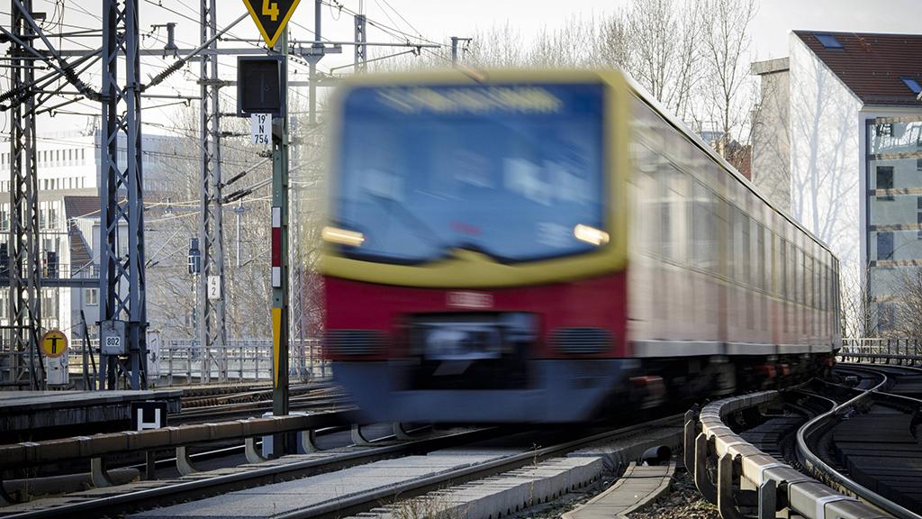 Mehr S-Bahn-Züge für Steglitz-Zehlendorf