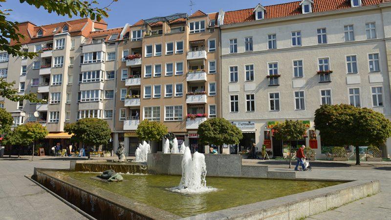 Weniger Beton und mehr Flair am Franz-Neumann-Platz