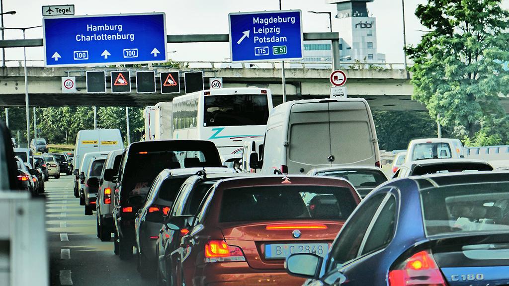 Vollsperrung auf der Stadtautobahn A 100/A 115