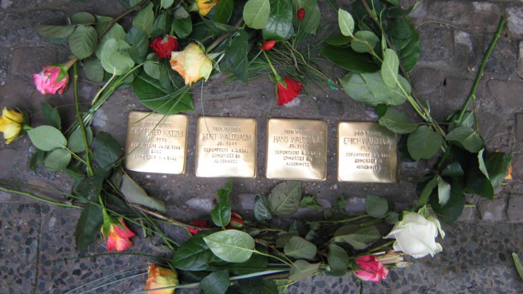 Stolpersteine für Ehepaar Blumenthal