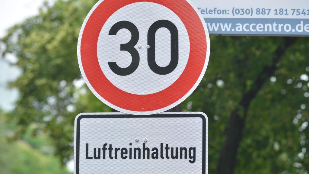 Tempo 30 auf der Kantstraße