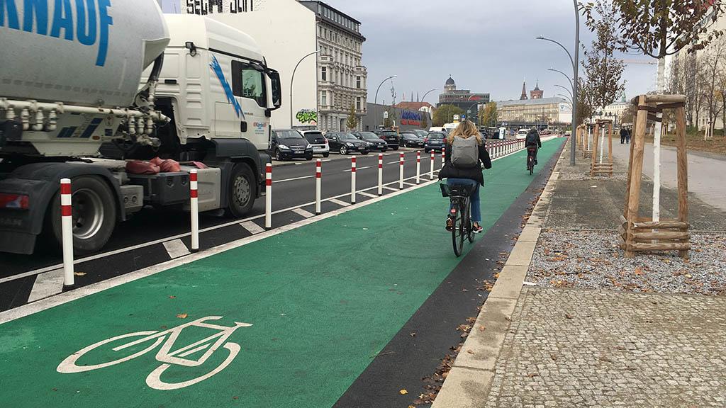 Radfahrsteifen für mehr Sicherheit