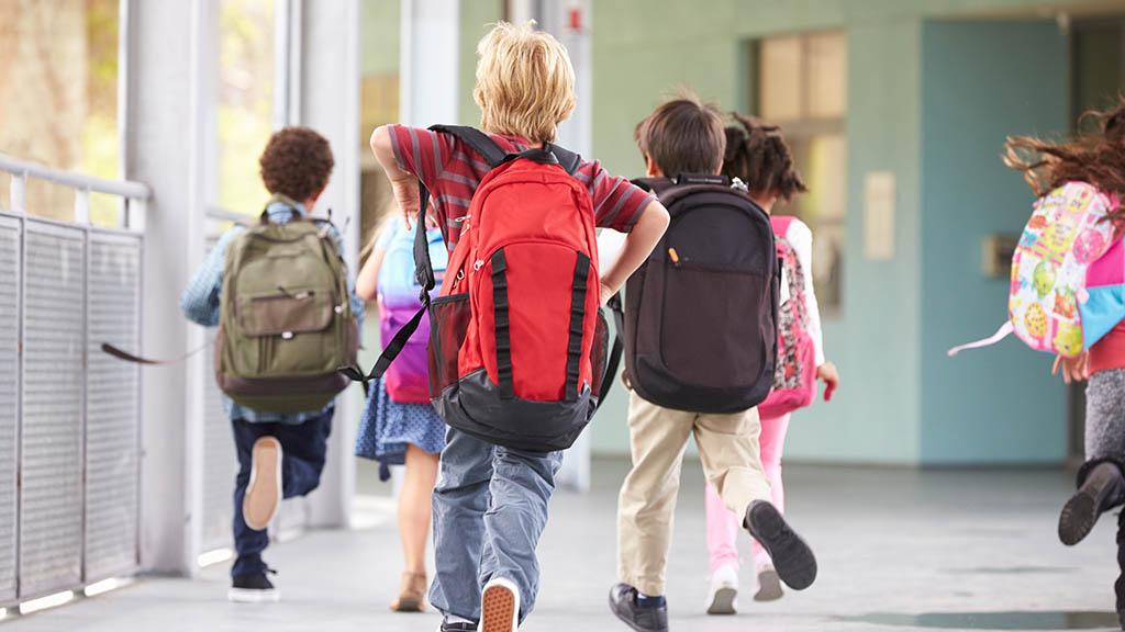 Friedrichshain-Kreuzberg: Verkehrskontrollen vor Schulen