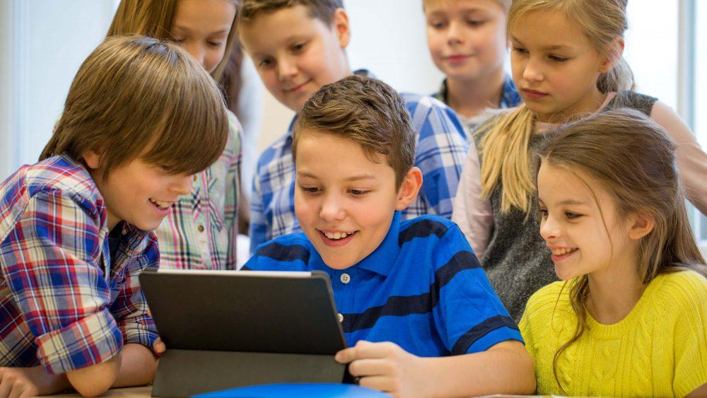 Digitalpakt sollen Schulen fit fürs Netz machen