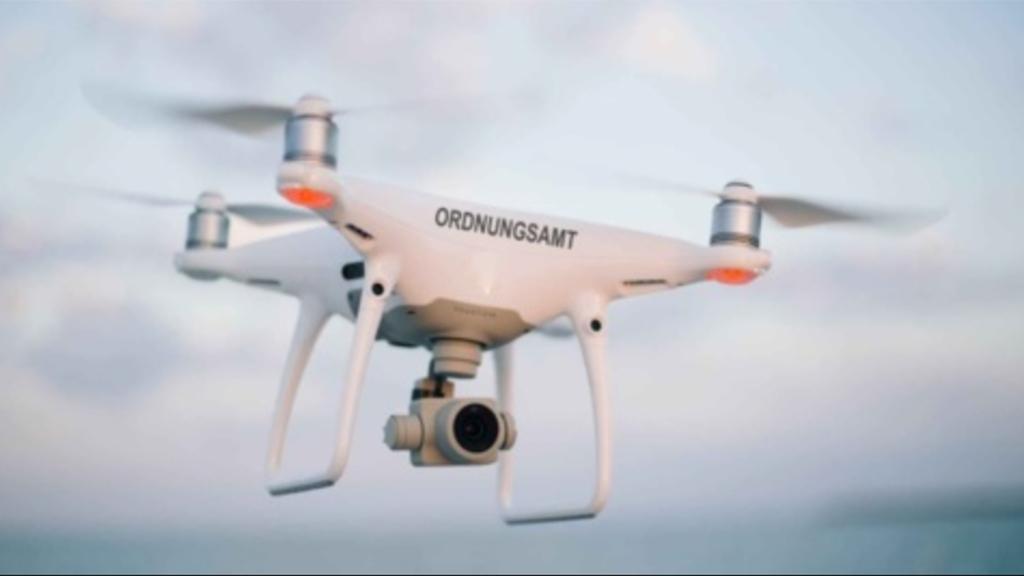 Aprilscherz: <br> Drohnen übernehmen Parkraumüberwachung