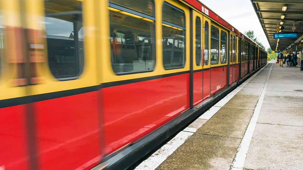 Pendler verstopfen Bahnhöfe in Reinickendorf