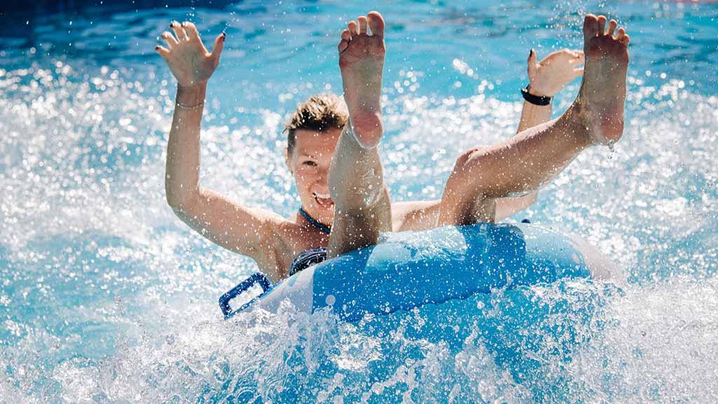 Sommerbad Staaken soll länger öffnen