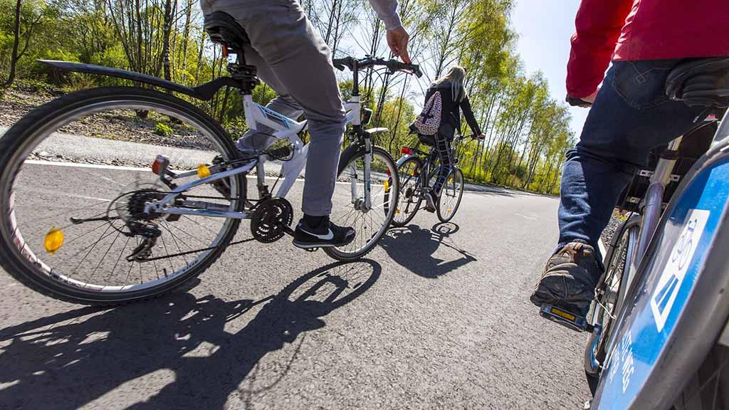 Zwei schnelle Fahrradpisten für Spandau