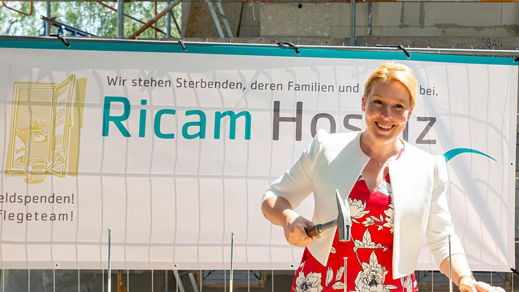 Berlin-Neukölln: Richtfest für Hospizzentrum