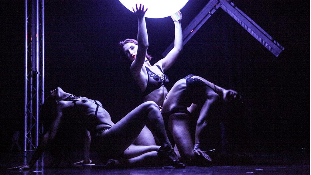 "Premiere für ""Extasya – Sexy Circus"""