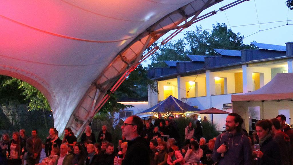 Berlin-Tempelhof: Festival für Straßenkunst und Umwelt