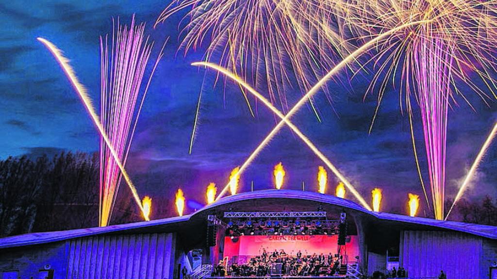 Marzahn-Hellersdorf: Viva la Musica präsentiert musikalische Reisen und ein Feuerwerk