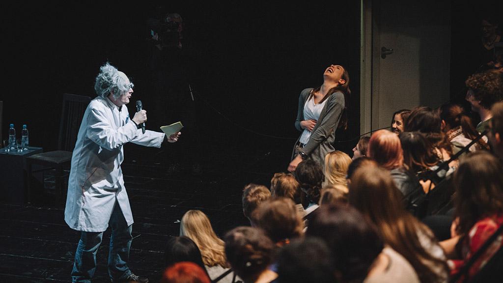 Neukölln: Science Slam ist Wissenschaft fürs Volk