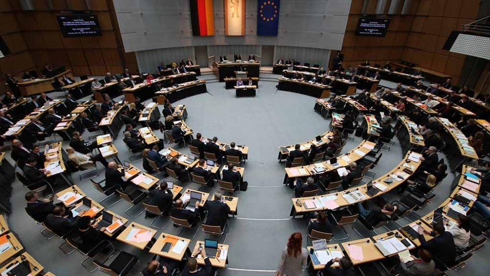 Berlin: Das Abgeordnetenhaus geht in Vollzeit