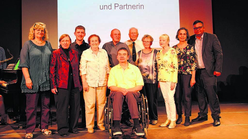 Berlin-Lichtenberg: Zehn Preisträger für Bürgermedaillen