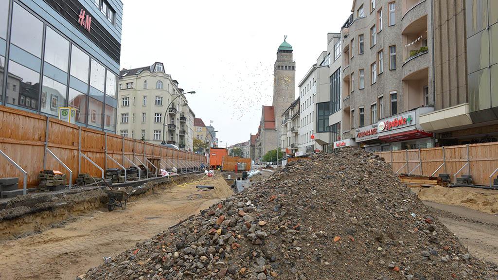 Berlin-Neukölln: Bauarbeiten am Rathaus gehen voran