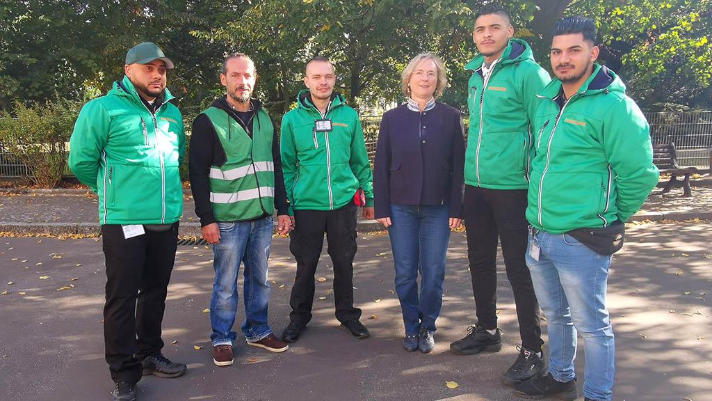 Tempelhof-Schöneberg: Parkmanager im Einsatz