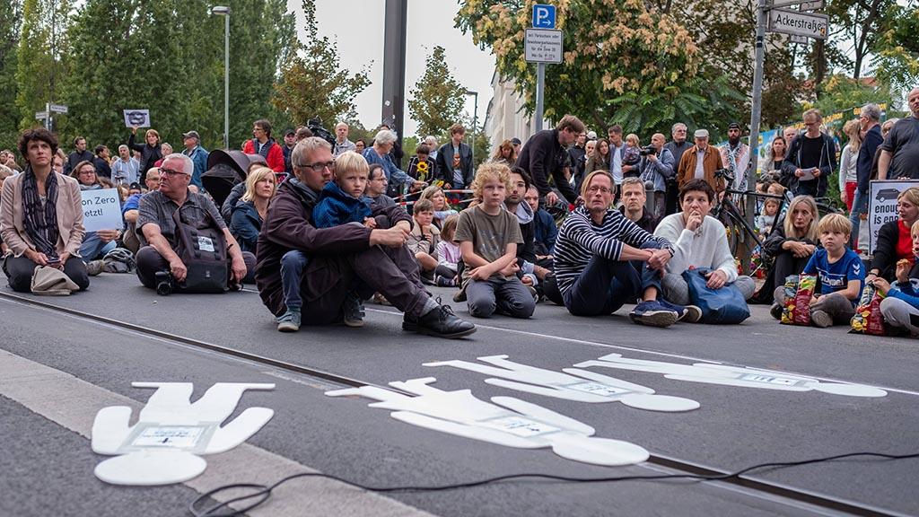 Mitte: Radwege für die Invalidenstraße