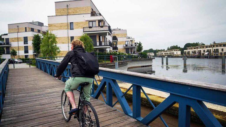 Radfahrer am Tegeler See