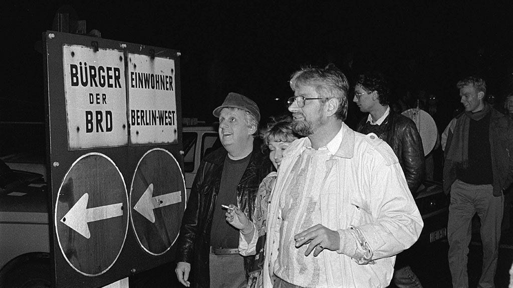 Grenzöffnung Bornholmer Strasse Deutschland Berlin 09 11 1989 Grenzübergang Ostberlin Westberli
