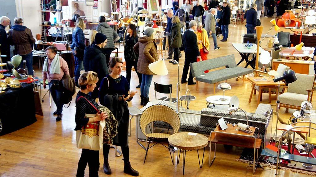 Moabiter Loewe Saal: Neunte Designbörse Berlin lockt wieder
