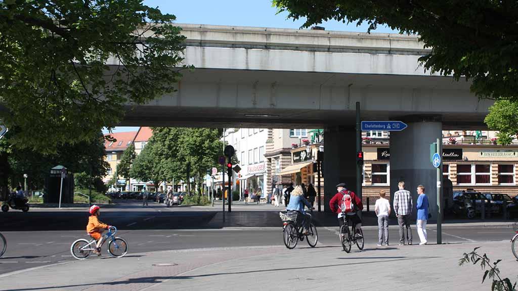 Steglitz-Zehlendorf: Senat kündigt Bericht zur Brücke am Breitenbachplatz an
