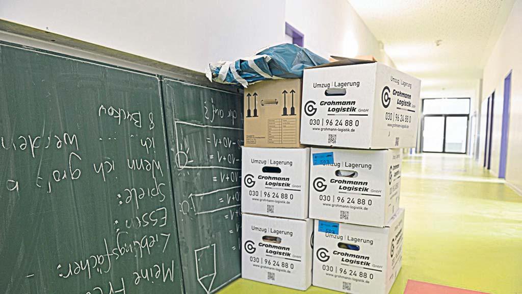 Berlin-Lichtenberg: Protest gegen Ausweichschule