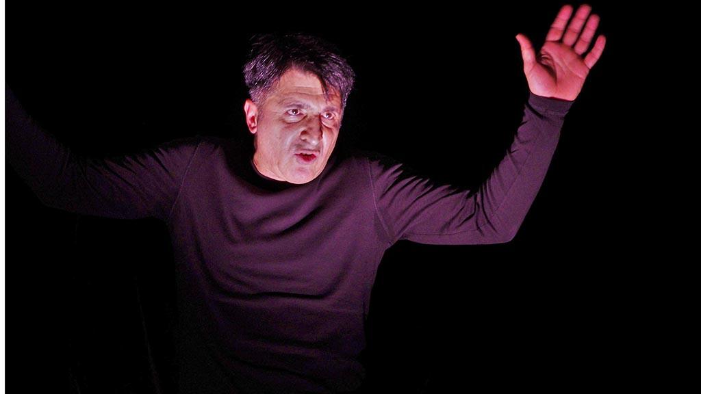 """Neukölln: Goethes """"Faust"""" auf Deutsch und Türkisch"""