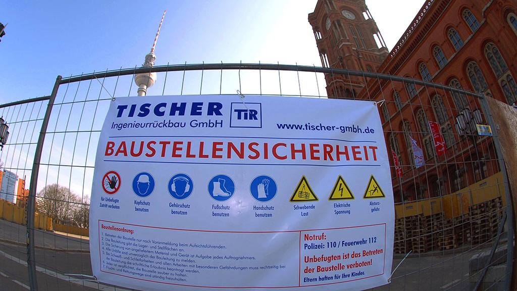 Berlin-Mitte: Der Alex-Tunnel muss abnehmen