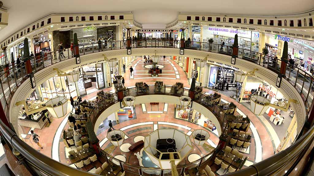 Einkaufszentrum Das Schloss Schlossstrasse Steglitz Berlin Deutschland Einkaufszentrum Das Schloss