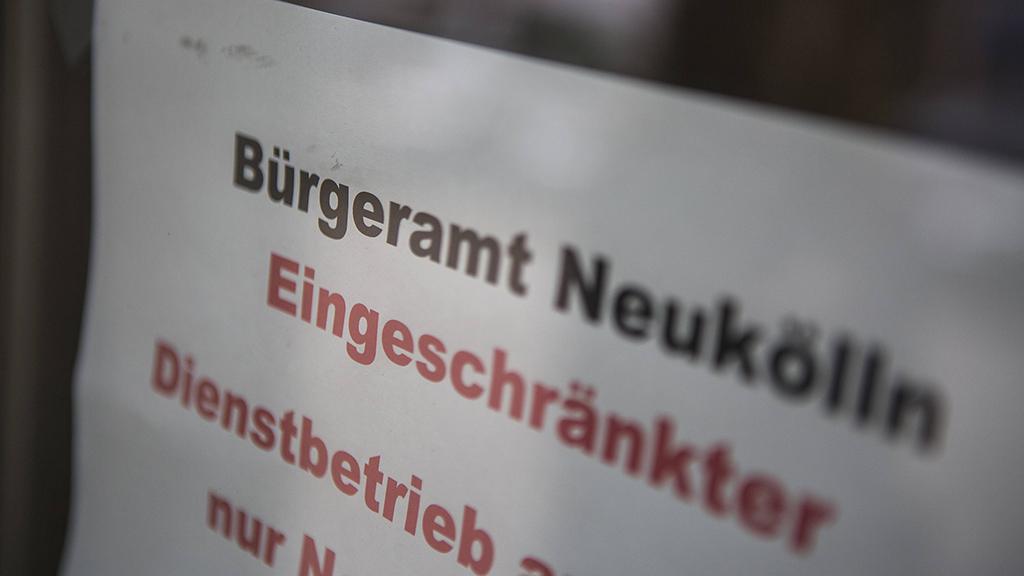 Neukölln: Bürgerämter stellen Fragenkatalog zusammen